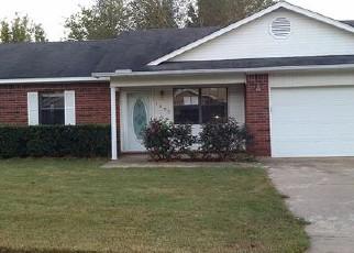 Casa en ejecución hipotecaria in Russellville, AR, 72801,  E O ST ID: F4217901
