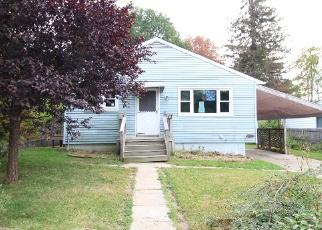 Foreclosure Home in Waterbury, CT, 06708,  OAKLEAF DR ID: F4217958