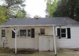 Casa en ejecución hipotecaria in Blackwood, NJ, 08012,  WOODLAND AVE ID: F4218079