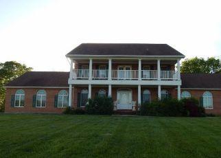 Casa en ejecución hipotecaria in Charles Town, WV, 25414,  FAIRVIEW DR ID: F4218221