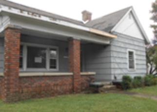 Casa en ejecución hipotecaria in Hopkinsville, KY, 42240,  S ELM ST ID: F4218262