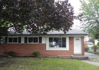 Casa en ejecución hipotecaria in Westland, MI, 48186,  BIRCHWOOD ST ID: F4218373