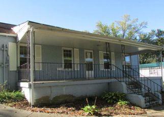 Casa en ejecución hipotecaria in Harriman, TN, 37748,  BREAZEALE ST ID: F4218719