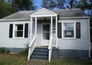 Casa en ejecución hipotecaria in Roanoke, VA, 24012,  QUEEN AVE NW ID: F4218792