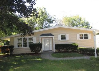 Casa en ejecución hipotecaria in Stamford, CT, 06905,  CRESTWOOD DR ID: F4219361