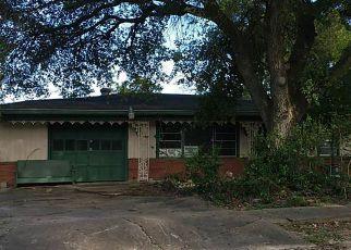 Casa en ejecución hipotecaria in Pasadena, TX, 77502,  CLEVELAND ST ID: F4219530