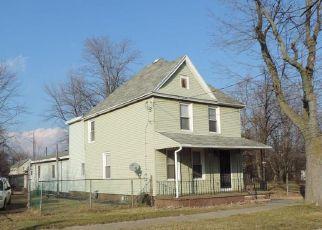 Casa en ejecución hipotecaria in Niagara Falls, NY, 14305,  GROVE AVE ID: F4219888