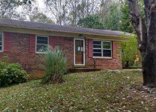 Casa en ejecución hipotecaria in Mount Airy, NC, 27030,  SABLE AVE ID: F4219956