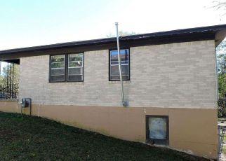 Casa en ejecución hipotecaria in Hot Springs National Park, AR, 71913,  RICHARD ST ID: F4220585