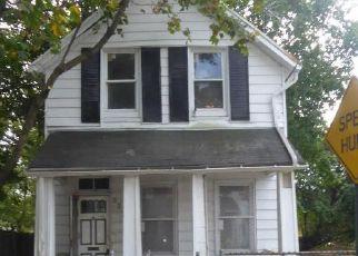 Casa en ejecución hipotecaria in Baltimore, MD, 21215,  DENMORE AVE ID: F4220636