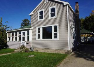 Casa en ejecución hipotecaria in Oshkosh, WI, 54902,  OREGON ST ID: F4220667
