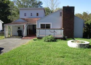 Casa en ejecución hipotecaria in Kingsport, TN, 37660,  N WILCOX DR ID: F4220859