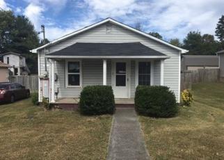 Casa en ejecución hipotecaria in Morristown, TN, 37813,  CAIN AVE ID: F4220862
