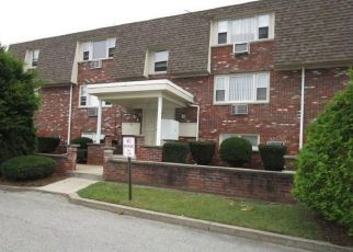 Foreclosure Home in North Providence, RI, 02911,  CYNTHIA DR ID: F4220900