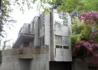 Casa en ejecución hipotecaria in Portland, OR, 97239,  SW MOUNT HOOD LN ID: F4221008