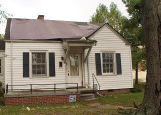 Casa en ejecución hipotecaria in Rocky Mount, NC, 27803,  WILLIFORD ST ID: F4221117