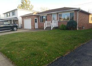 Casa en ejecución hipotecaria in Buffalo, NY, 14227,  N SEINE DR ID: F4221150