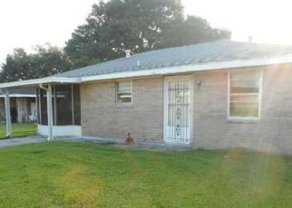 Foreclosure Home in Houma, LA, 70363,  KIRKGLEN LOOP ID: F4222040