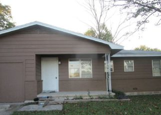 Casa en ejecución hipotecaria in Copperas Cove, TX, 76522,  S 5TH ST ID: F4222774