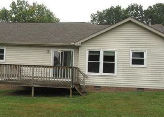 Foreclosure Home in Clarksville, TN, 37043,  KATHLEEN CT ID: F4222792