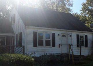 Casa en ejecución hipotecaria in Cincinnati, OH, 45245,  YOUNGS LN ID: F4222869