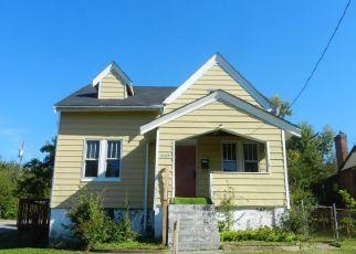 Casa en ejecución hipotecaria in Cincinnati, OH, 45211,  CAVANAUGH AVE ID: F4222872