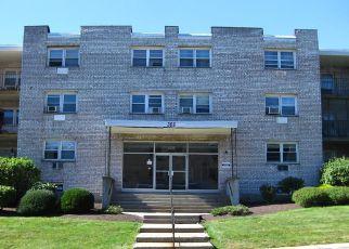 Casa en ejecución hipotecaria in Milford, CT, 06460,  MEADOWSIDE RD ID: F4223003