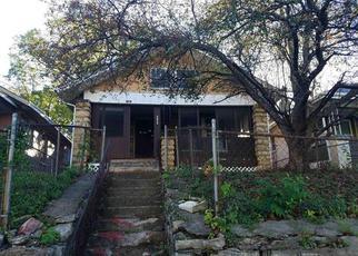 Casa en ejecución hipotecaria in Kansas City, MO, 64109,  OLIVE ST ID: F4223010