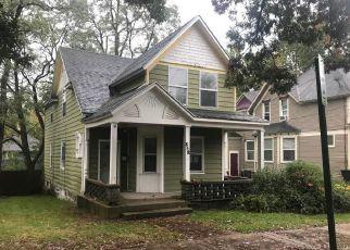 Casa en ejecución hipotecaria in Grand Rapids, MI, 49506,  SIGSBEE ST SE ID: F4224347