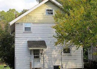 Casa en ejecución hipotecaria in Akron, OH, 44305,  NEWTON ST ID: F4224473