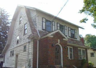 Casa en ejecución hipotecaria in Newark, NJ, 07106,  ELLERY AVE ID: F4224923