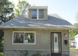Casa en ejecución hipotecaria in Cleveland, OH, 44111,  CRESS RD ID: F4225256