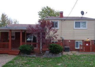 Casa en ejecución hipotecaria in Lorain, OH, 44055,  CHARLESTON AVE ID: F4225274