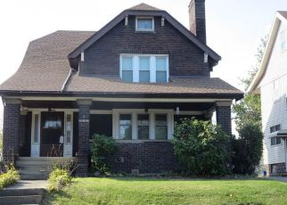 Casa en ejecución hipotecaria in Cleveland, OH, 44105,  E 42ND ST ID: F4225280