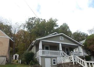 Casa en ejecución hipotecaria in Covington, KY, 41014,  WARREN ST ID: F4225527