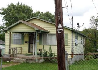 Casa en ejecución hipotecaria in Beckley, WV, 25801,  WASHINGTON AVE ID: F4226098