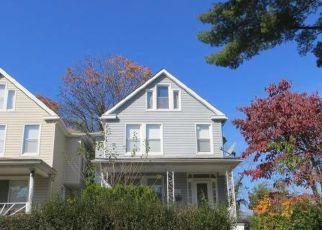 Casa en ejecución hipotecaria in Gwynn Oak, MD, 21207,  MILFORD AVE ID: F4226263