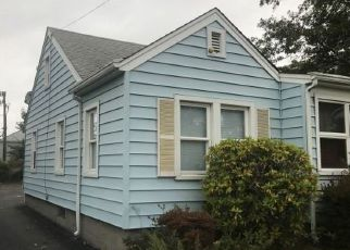 Casa en ejecución hipotecaria in Patchogue, NY, 11772,  FRANKLIN ST ID: F4226633
