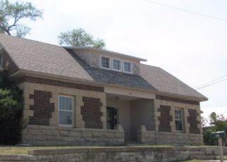 Casa en ejecución hipotecaria in Newcastle, WY, 82701,  W WINTHROP ST ID: F4226993