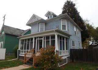 Casa en ejecución hipotecaria in Racine, WI, 53404,  CARLISLE AVE ID: F4228030