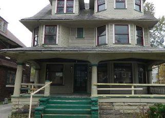 Casa en ejecución hipotecaria in Cleveland, OH, 44108,  DREXEL AVE ID: F4228403