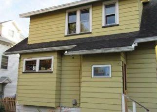 Casa en ejecución hipotecaria in Rochester, NY, 14609,  MCKINLEY ST ID: F4228474