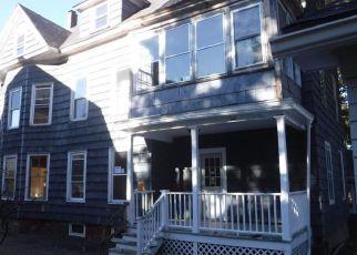 Casa en ejecución hipotecaria in Lewiston, ME, 04240,  DAVIS ST ID: F4228776