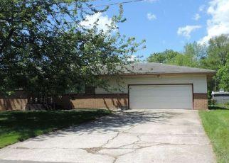 Casa en ejecución hipotecaria in Gary, IN, 46408,  CLEVELAND PL ID: F4228898