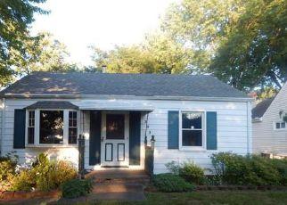 Casa en ejecución hipotecaria in Elyria, OH, 44035,  OLIVE ST ID: F4229762