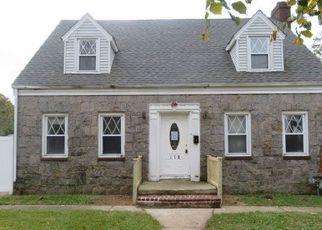 Casa en ejecución hipotecaria in Hempstead, NY, 11550,  BOTSFORD ST ID: F4230486