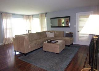 Casa en ejecución hipotecaria in Crystal Lake, IL, 60012,  DEERING OAKS LN ID: F4230815
