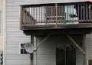 Casa en ejecución hipotecaria in Capitol Heights, MD, 20743,  LARSON CT ID: F4230962