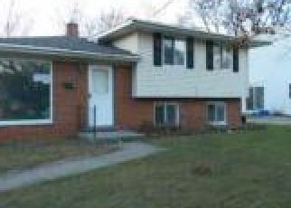 Casa en ejecución hipotecaria in Ypsilanti, MI, 48198,  ONANDAGO ST ID: F4230982