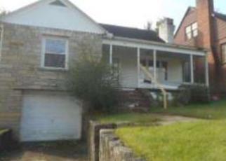 Casa en ejecución hipotecaria in Huntington, WV, 25705,  CHESTNUT ST ID: F4231448